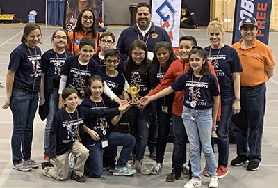 Image of the Howard Burnham Elementary Dragonbots robotics team